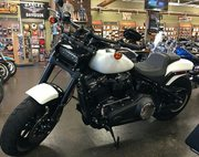 2018 Harley-Davidson® FXFB Fat Bob® 107,  White